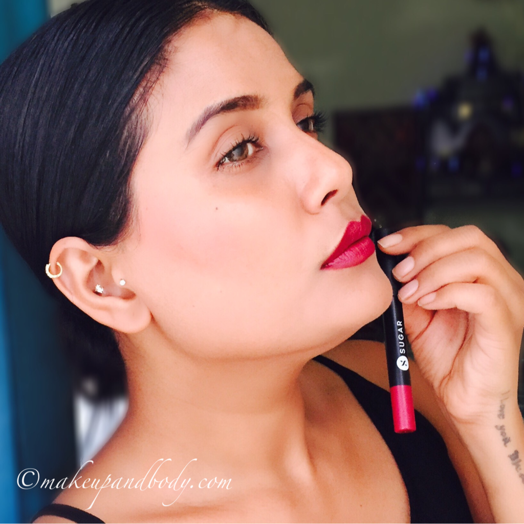 SUGAR COSMETICS MATTE AS HELL LIP CRAYON – POISON IVY REVIEW AND SWATCHES