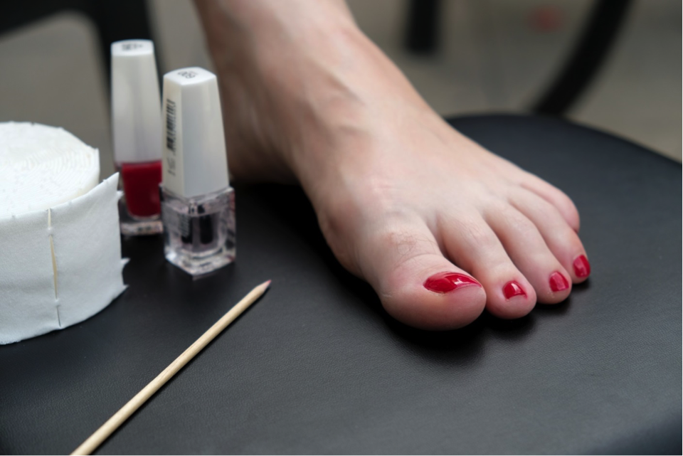 pedicure at home1.png